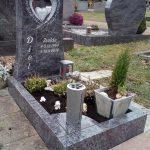 Urnengrab mit Swarovski-Kristallen